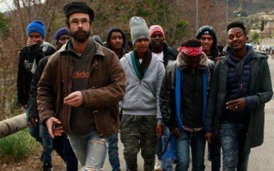 Cédric Herrou coordonne les passages de clandestins avec un officier de gendarmerie d'origine nord-africaine