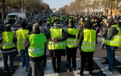 Gilets jaunes : les meneurs des casseurs appartiendraient à l'extrême gauche